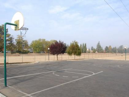 Cambridge Village Apartments - Welcome to Cambridge Village Apartments in Bakersfield, California, where we take great pride in providing you with an exceptional living environment, premier amenities, and quality service
